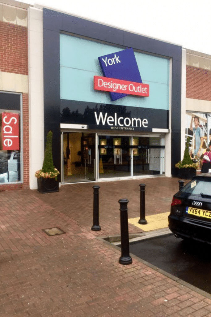 York shopping designer outlet