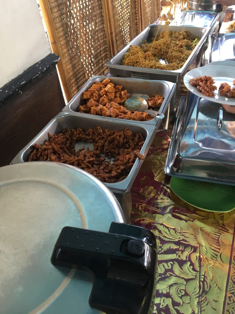 white water rafting of Ubud THE FOOD