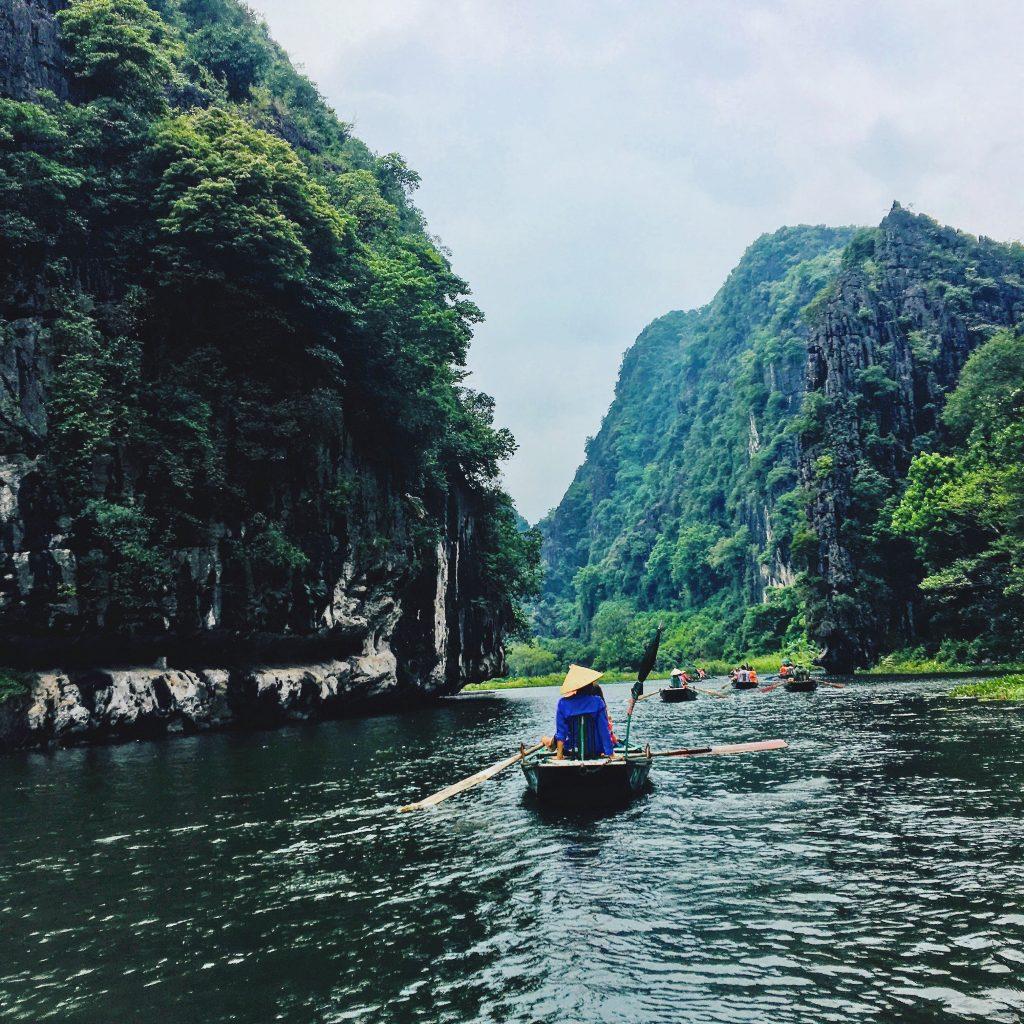 Tam Coc travel guide cruise, tam coc, tam coc vietnam, tam coc bich dong, tam coc ninh binh, hoa lu tam coc, tam coc garden, tam coc hanoi, tam coc tour, hao lu tam coc