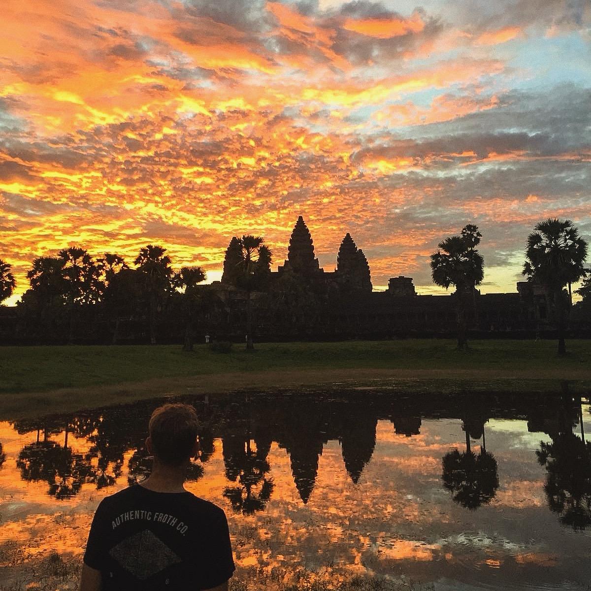 angkor wat sunrise tour cambodia, angkor wat entrance fee