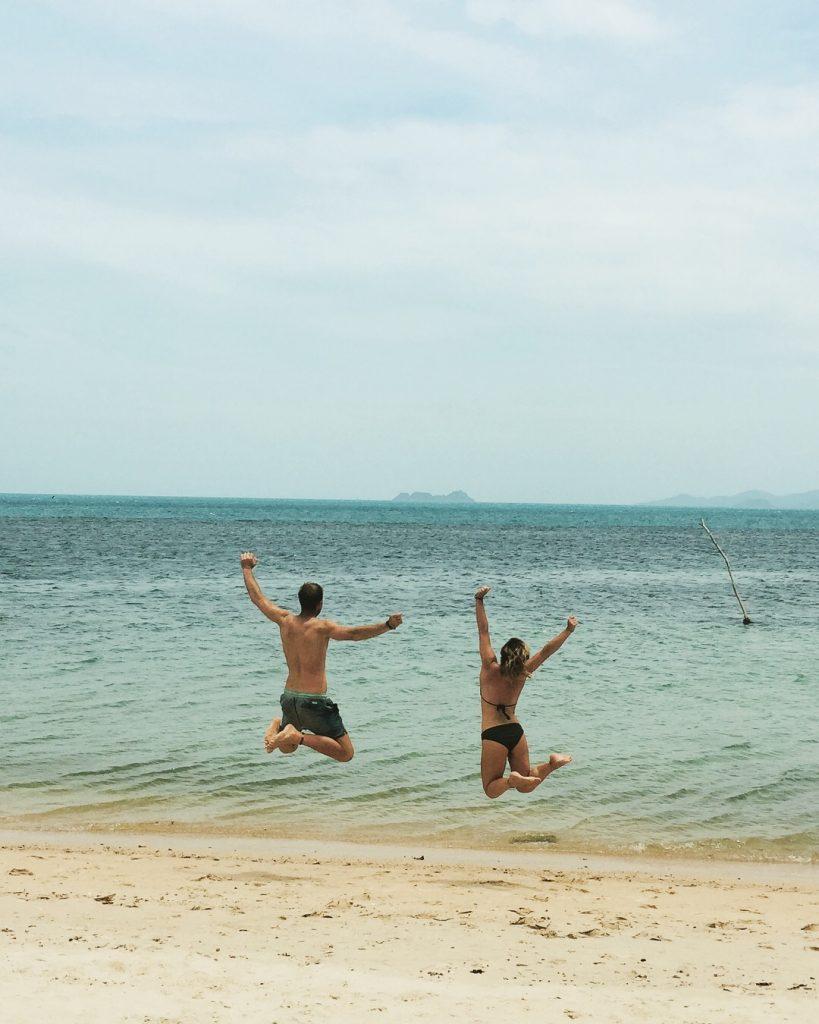 Best secret beach on Koh Samui Jumping