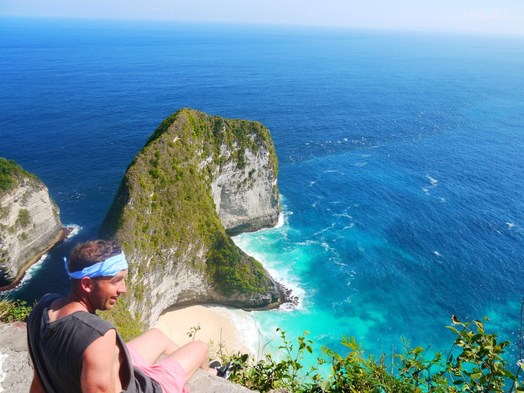 Kelingking secret point beach hike, kelingking beach, nusa penida kelingking beach russian tourist, how to get to kelingking beach, kelingking beach nusa, kelingking beach indonesia, kelingking beach on nusa penida island, nusa penida kelingking beach