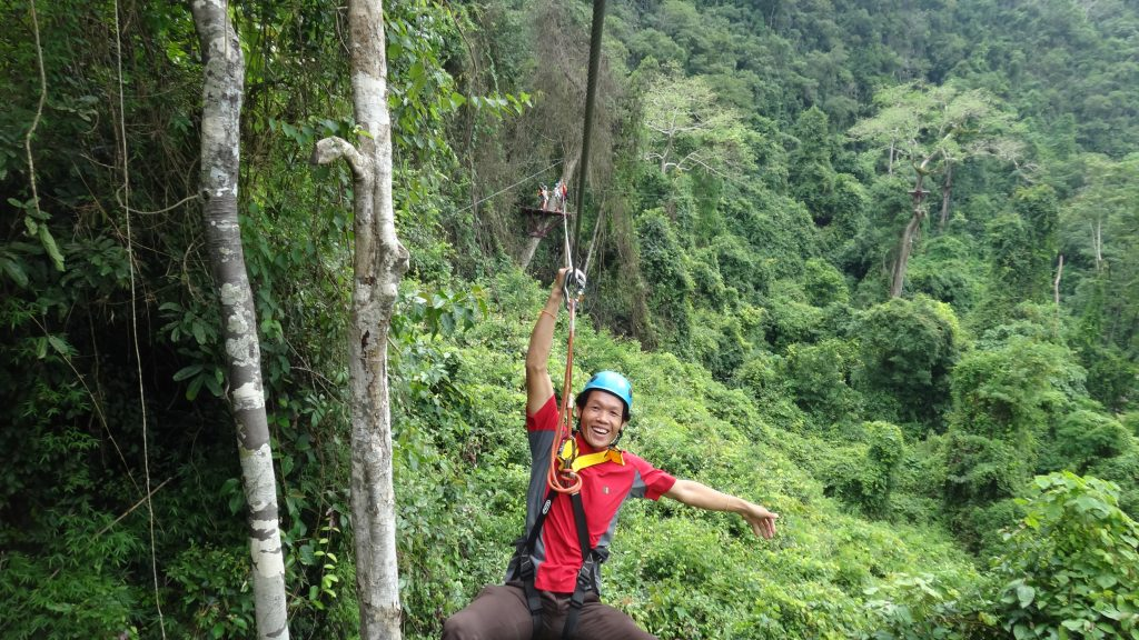 zip lining in vang vieng, things to do other than tubing, where to stay in Vang vieng, vang vieng laos, luang prabang to vang vieng, vang vieng tubing, laos vang vieng, vientiane to vang vieng, vang vieng hotels, vang vieng to luang prabang, blue lagoon vang vieng, vang vieng weather