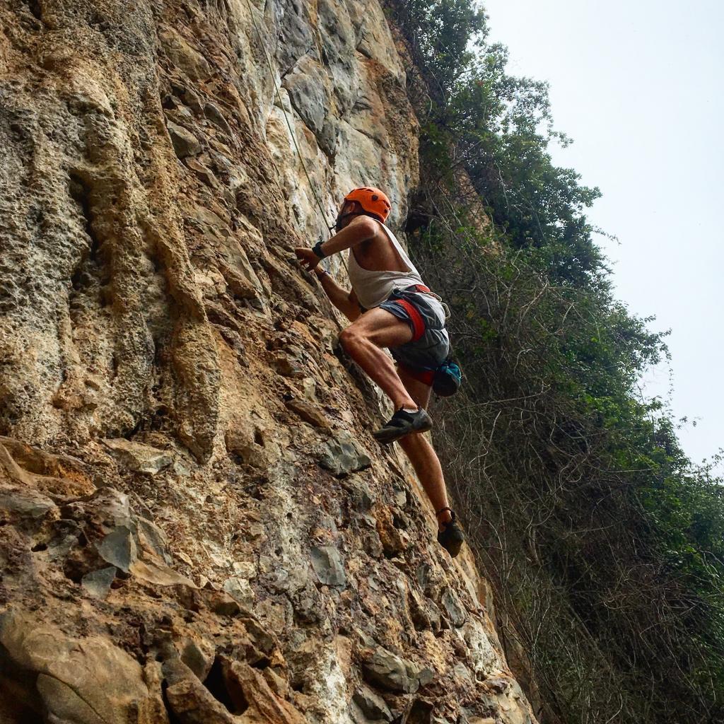 vang vieng rock climbing, things to do in vang vieng, vang vieng things to do, things to do vang vieng, top things to do in vang vieng, things to do in vieng vang, vang vieng best things to do, best things to do in vang vieng