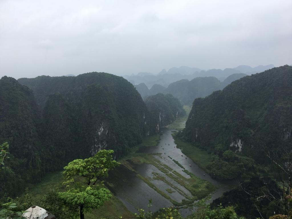 hang mua in Ninh Binh, the Hang mua cave, tam coc hang mua cave, Ninh Binh hang mua