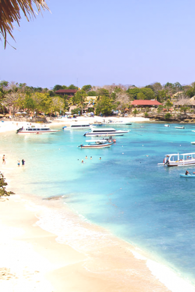 mushroom bay, nusa lembongan things to do, things to do in nusa lembongan, best things to do in nusa lembongan, things to do in nusa lembongan island, top things to do in nusa lembongan, nusa lembongan, nusa lembongan bali, mahagiri resort nusa lembongan