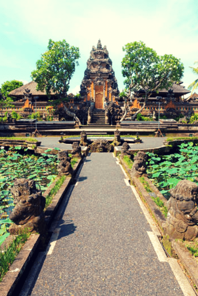 A full guide to the history of the Bali water palace