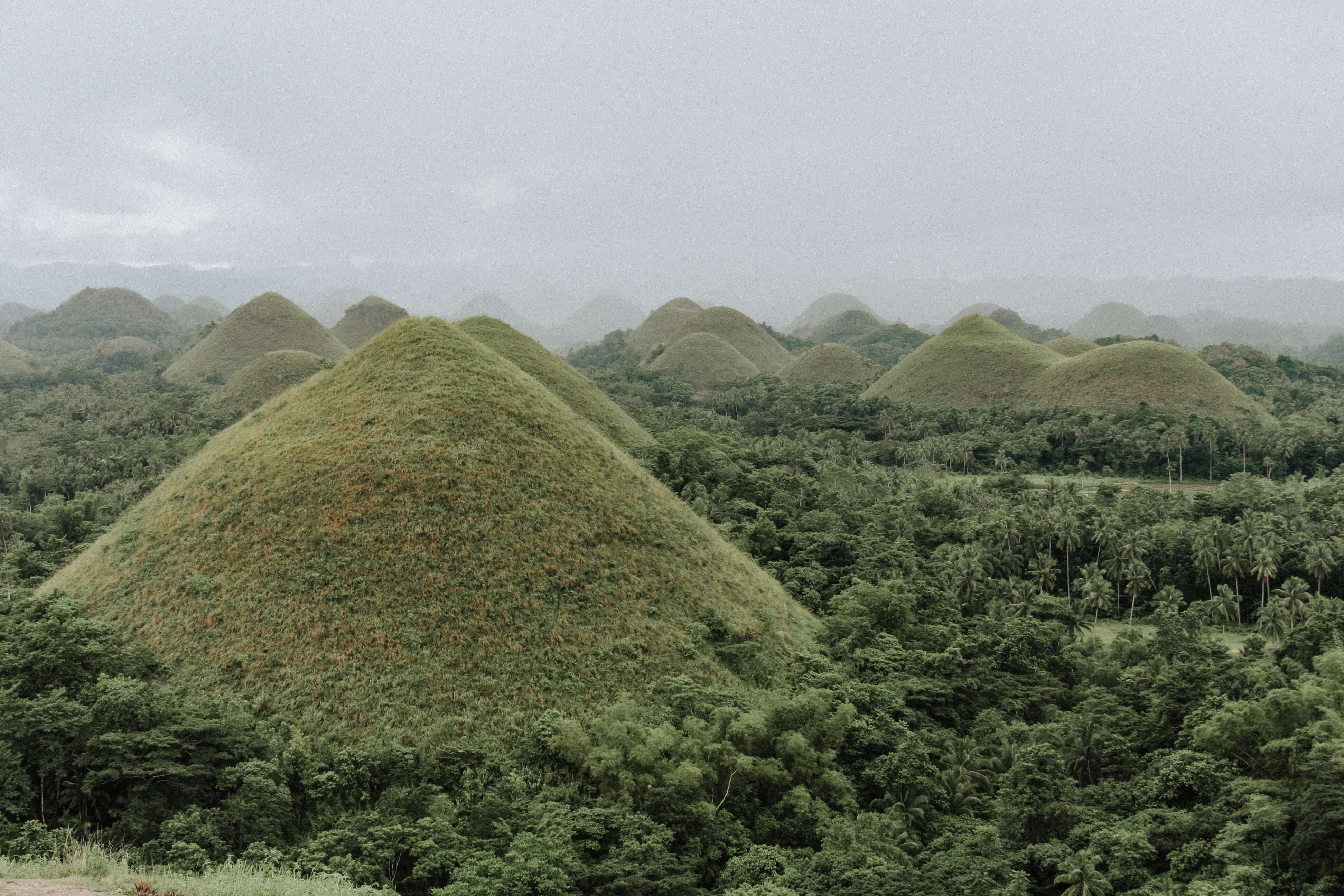 how to get to the Bohol chocolate hills