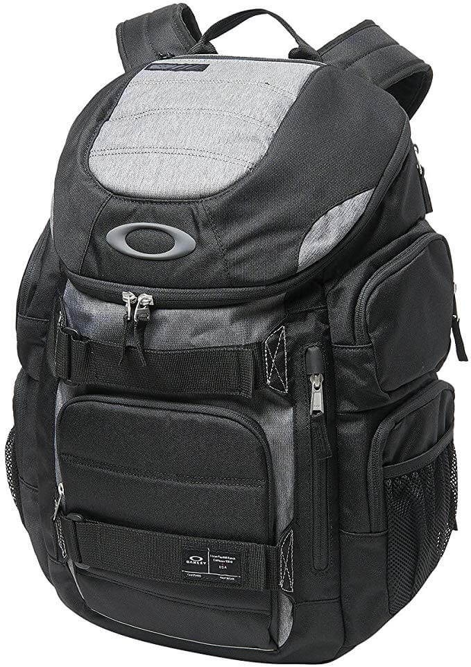 Oakley Enduro 30l Backpack Review of the material on the photo