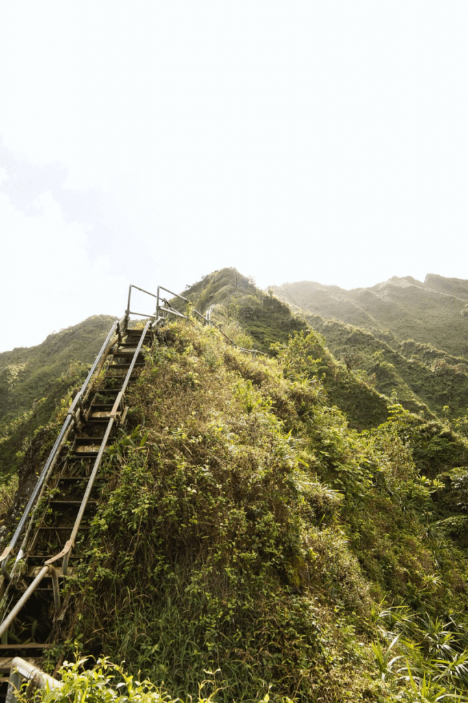 the stairway to heaven oahu hawaii complete guide