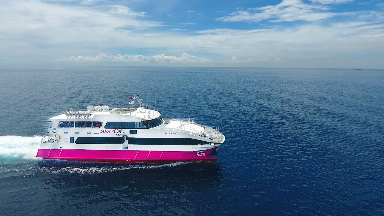 The ocean jet ferry from Cebu to bohol
