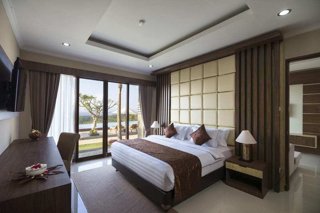 best hostels Nusa Penida