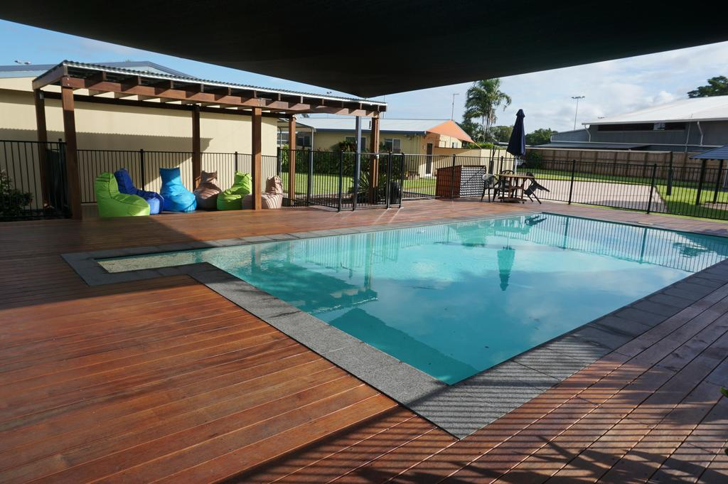 photo of pool and where to stay in cairns Australia