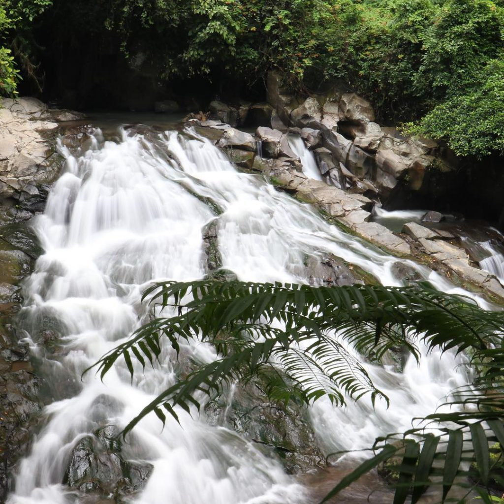 Goa Rang Reng Waterfall Ubud