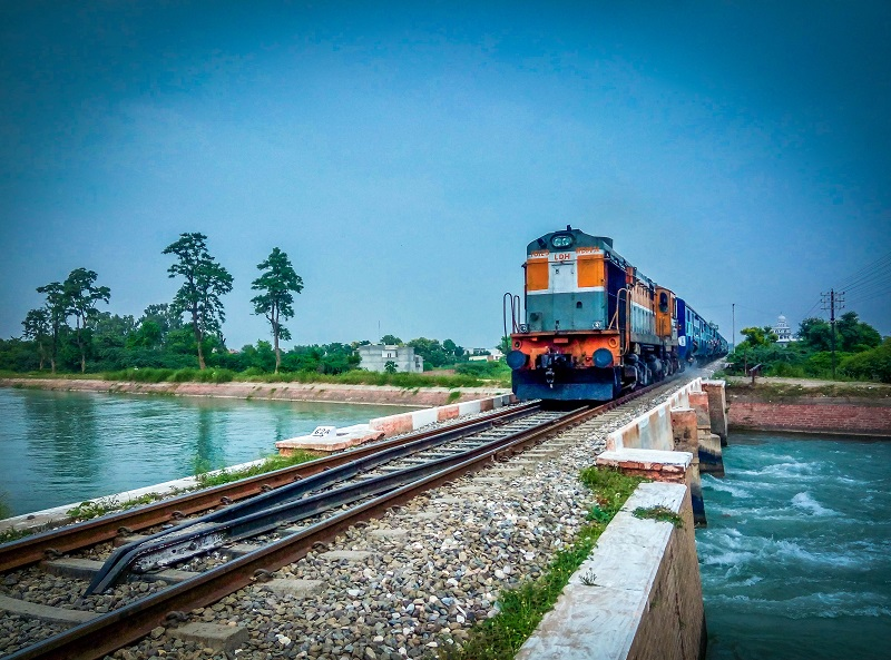 Bangkok to Krabi by Train and Bus