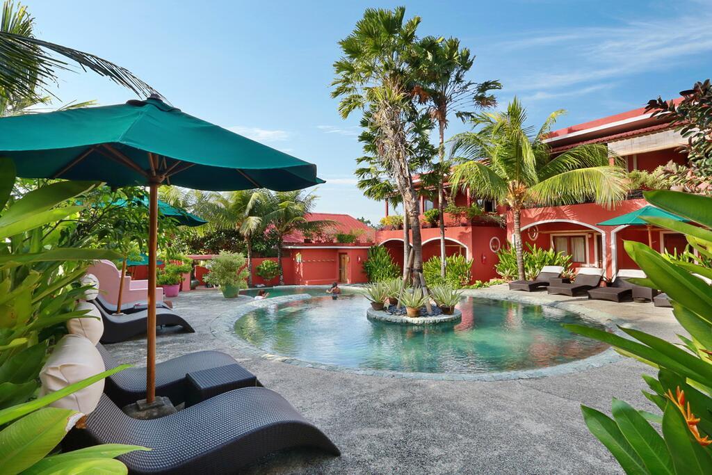 PinkCoco hotel, Bali